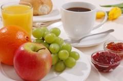 salute e benessere,colazione,sana,frutta,calorie,menù
